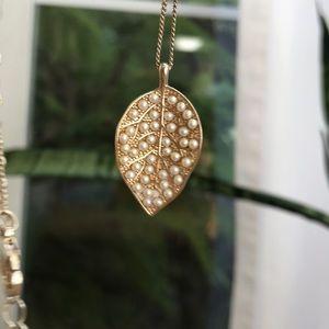 Anthropologie necklace pearl leaf 🍃